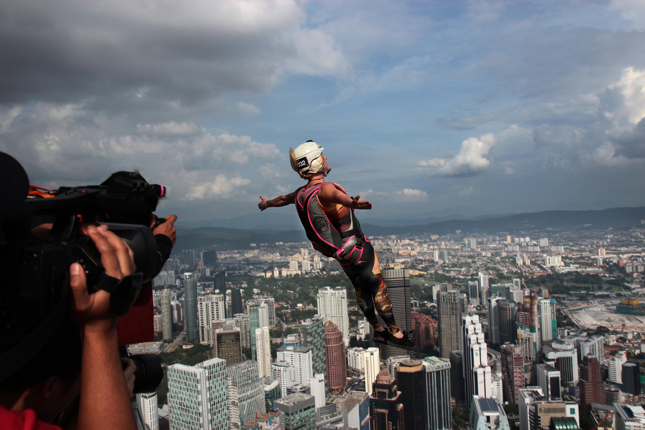 BASE jumping at MenaraKL