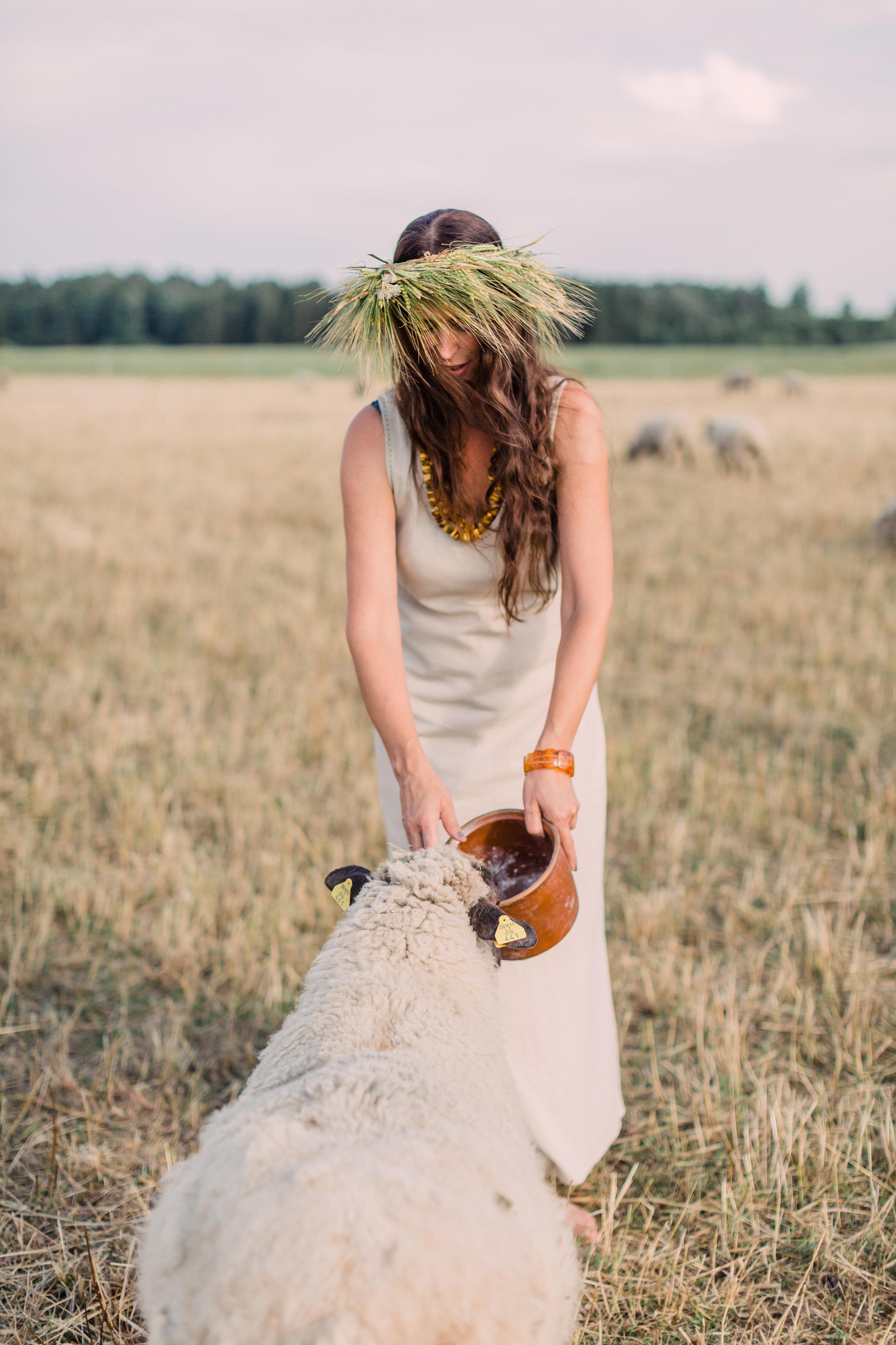 Vitalija & Ieva - Farm Editorial Photo Session_Fine Art Photography_Joana Senkute Photography