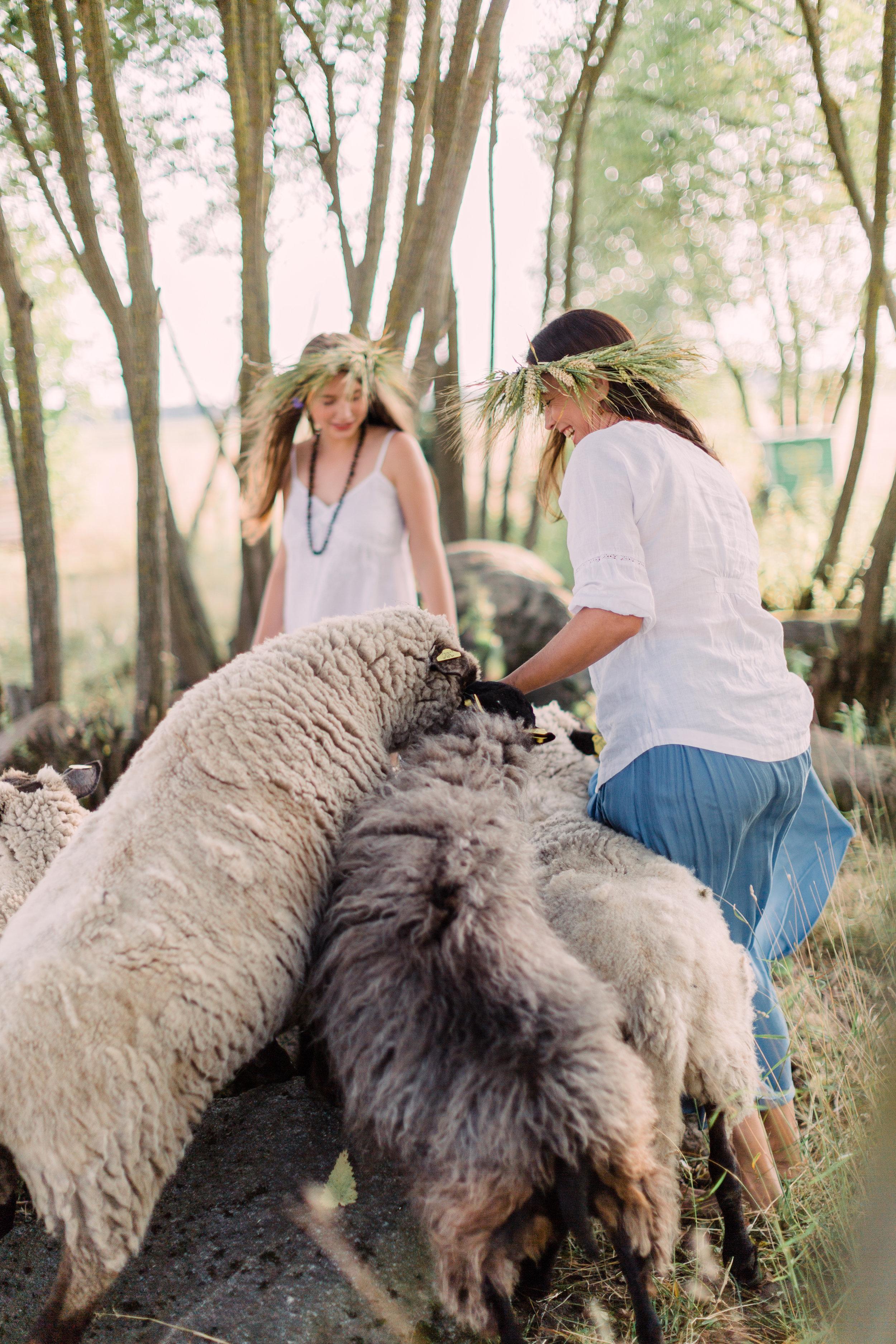 Ieva Birbalaite - Farm Editorial Photo Session_Fine Art Photography_Lithuania_London_UK_2018_Joana Senkute Photography