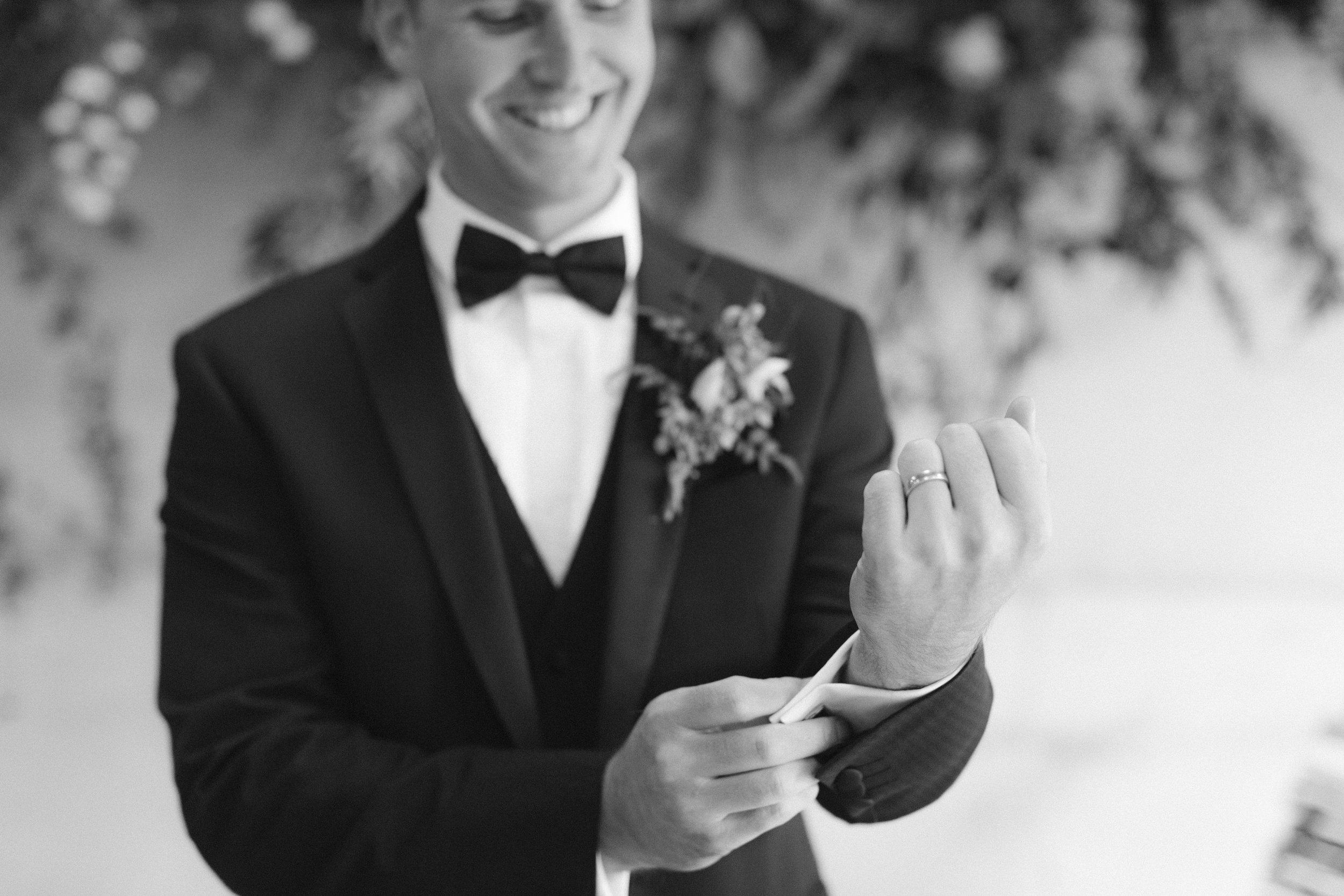 Wedding Fine Art Photography_Groom_UK_Joana Senkute Photography_BelleAndBeauWorkshop_HolmeFlowersFarm_Yorkshire