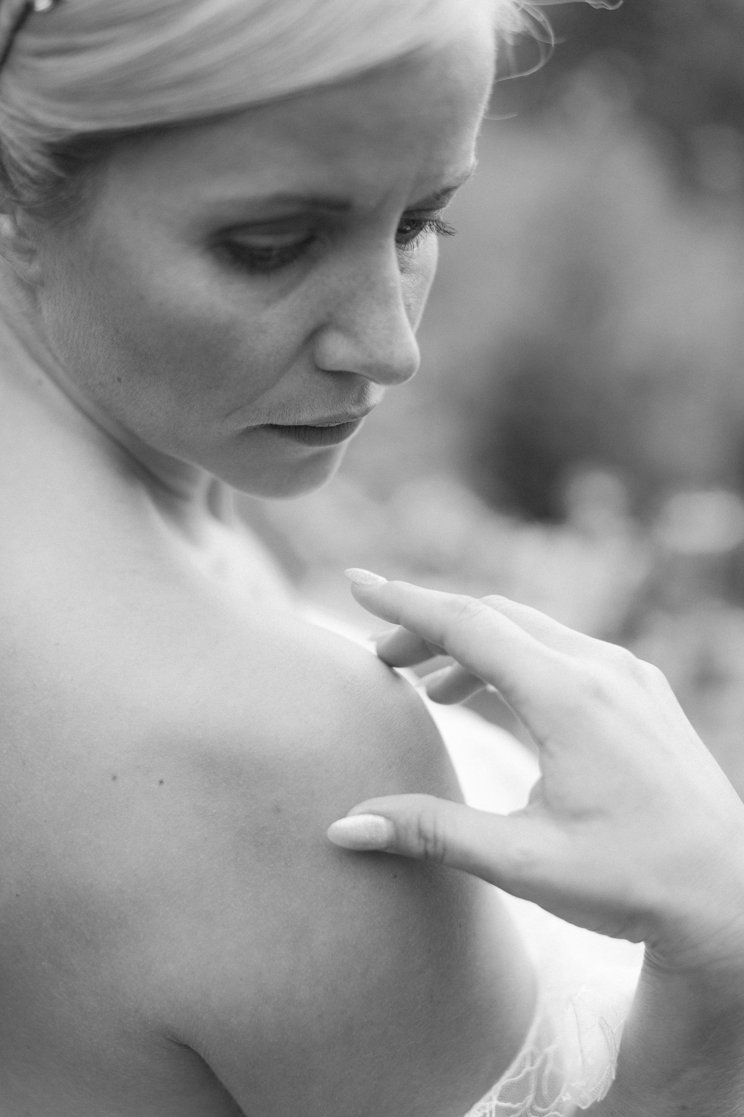 Wedding Fine Art Photography_Bride_UK_Joana Senkute Photography_BelleAndBeauWorkshop_HolmeFlowersFarm_Yorkshire