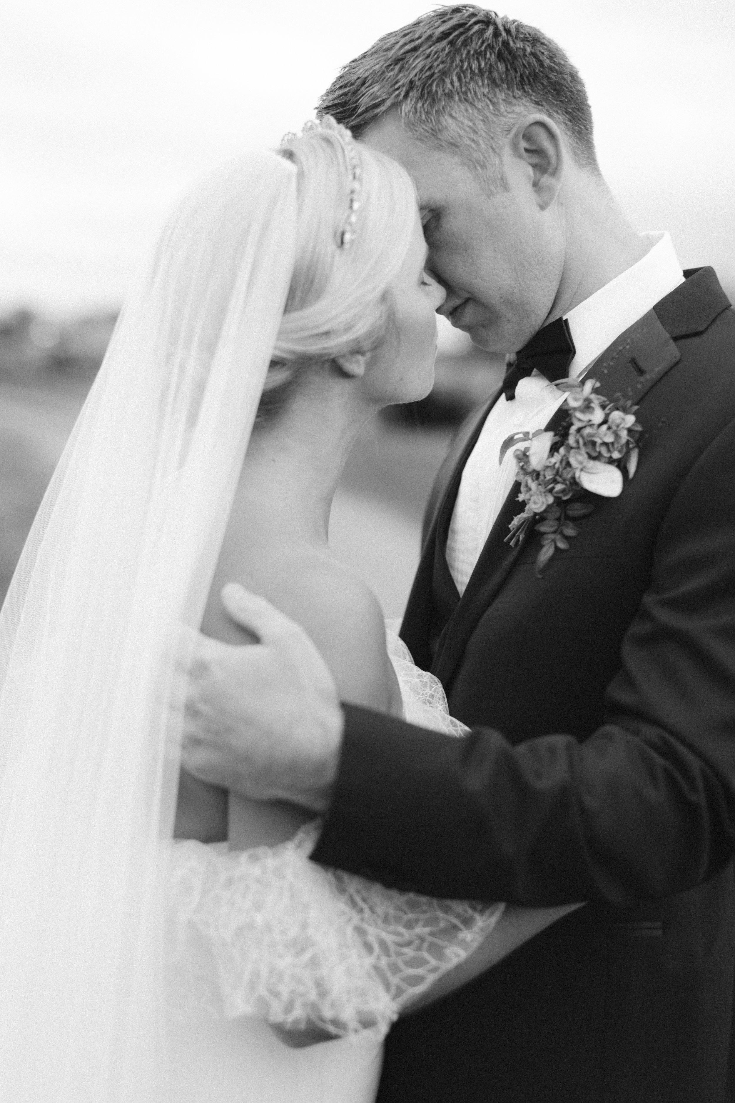 Wedding Fine Art Photography_Bride and Grrom_UK_Joana Senkute Photography_BelleAndBeauWorkshop_Yorkshire