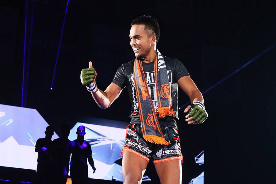 TopNoi TigerMuayThai - Top Noi is a Thai Mixed Martial Artist fighting in the Flyweight division of Rizin. The first Thai to fight for the promotion, Top is known for his hilarious dancing walkouts and aggressive fighting style.🔗Facebook | Instagram | Twitter