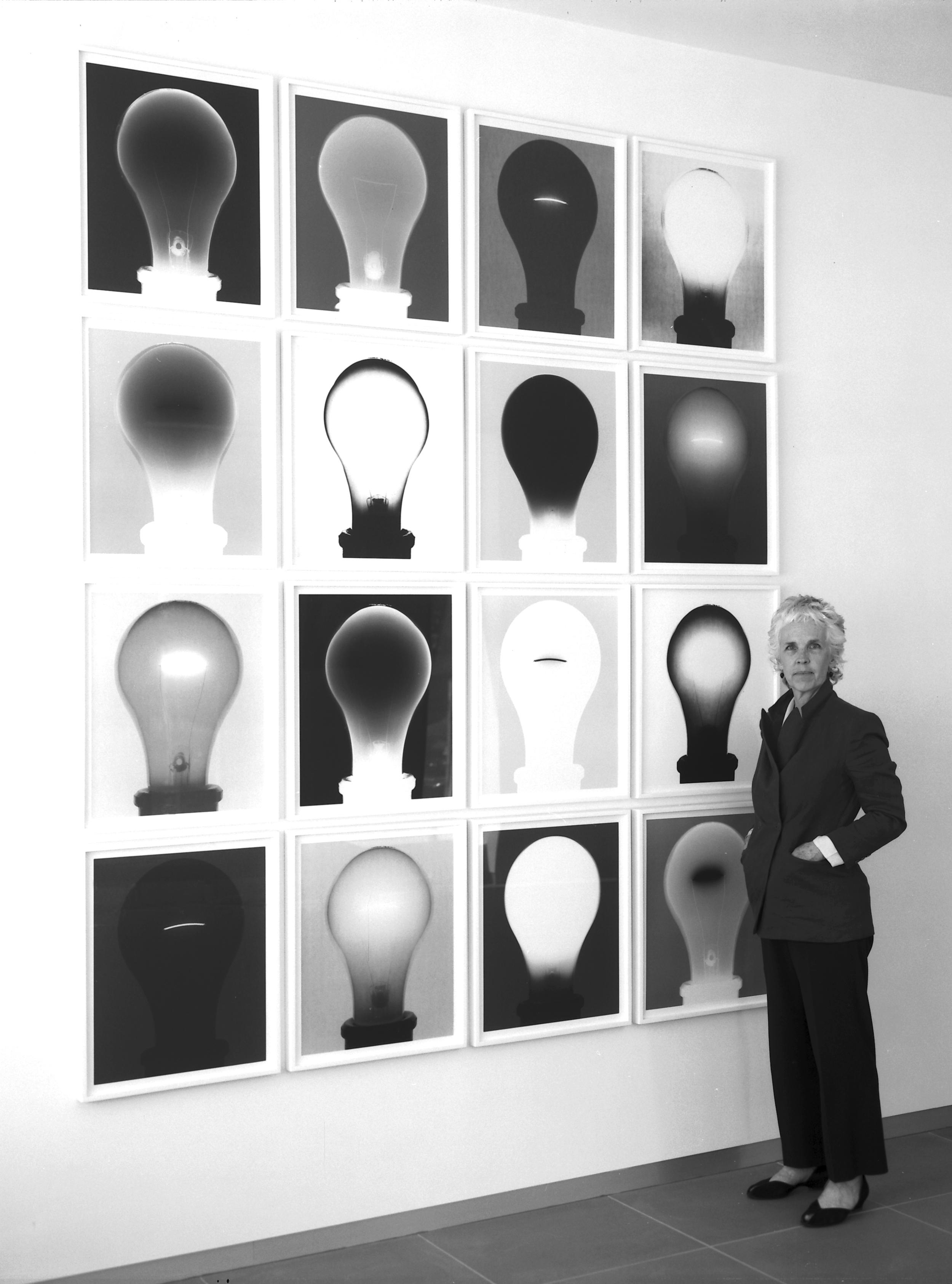 Amanda with One Bulb Grid r.jpg
