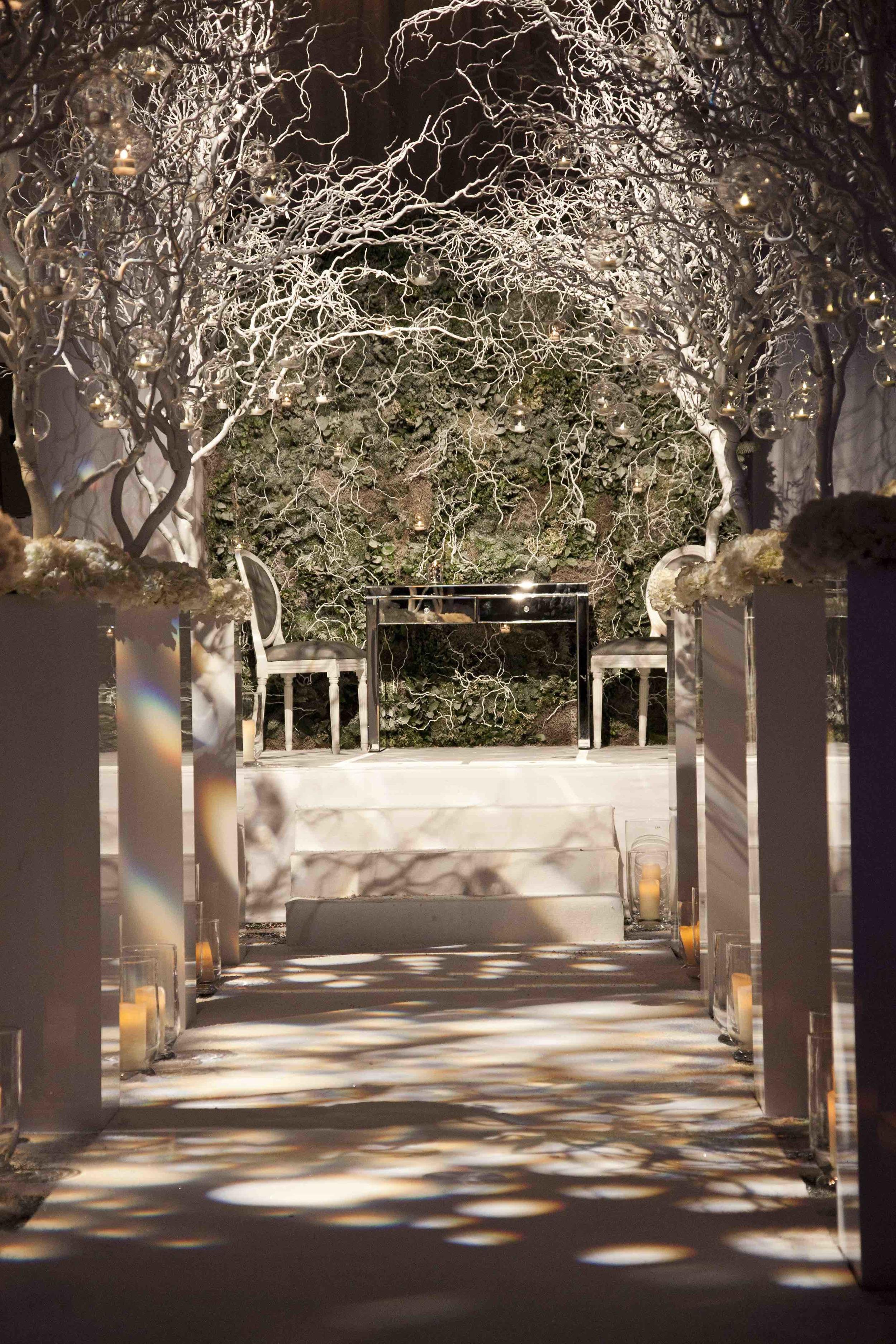 6 | Winter Wedding | Shakespeare's Theatre | The Underglobe | Lamare London.jpg