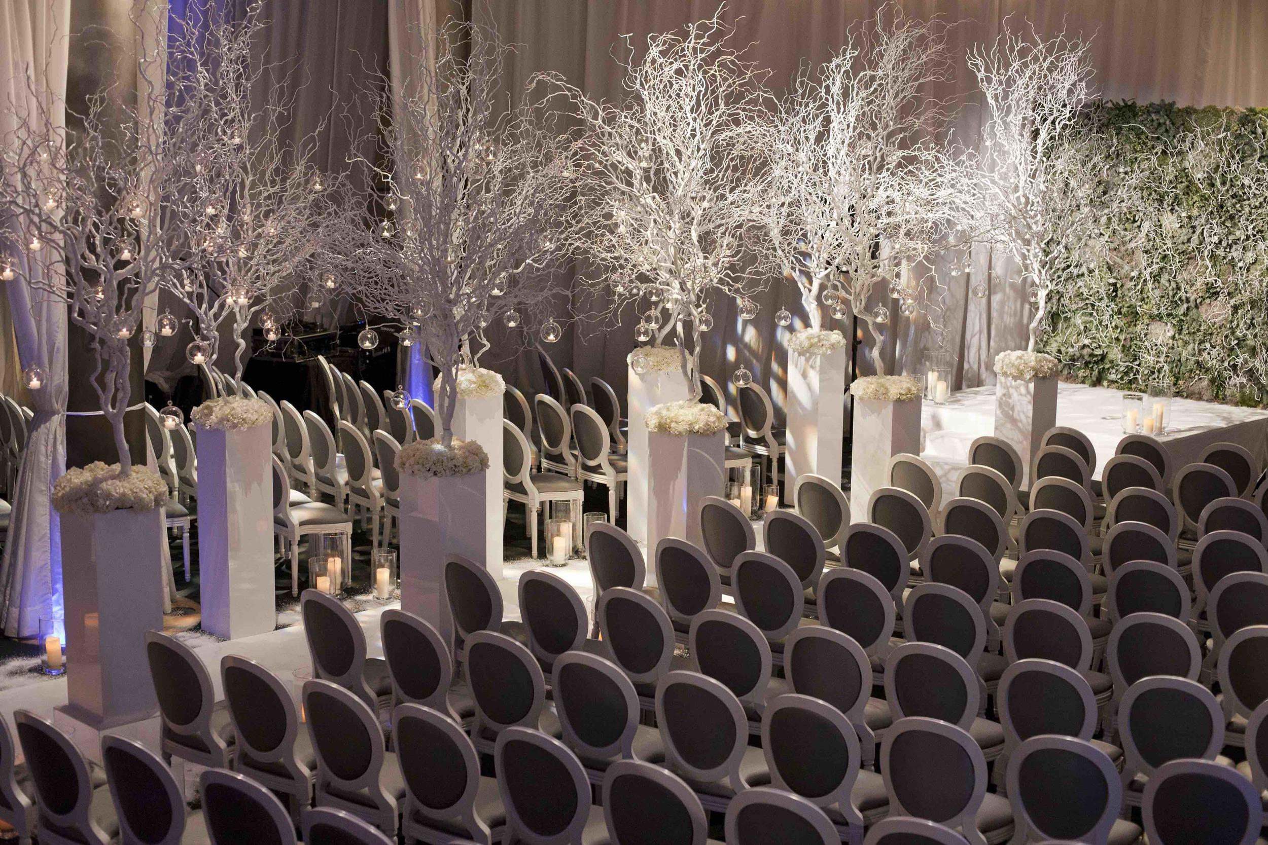 8 | Winter Wedding | Shakespeare's Theatre | The Underglobe | Lamare London.jpg