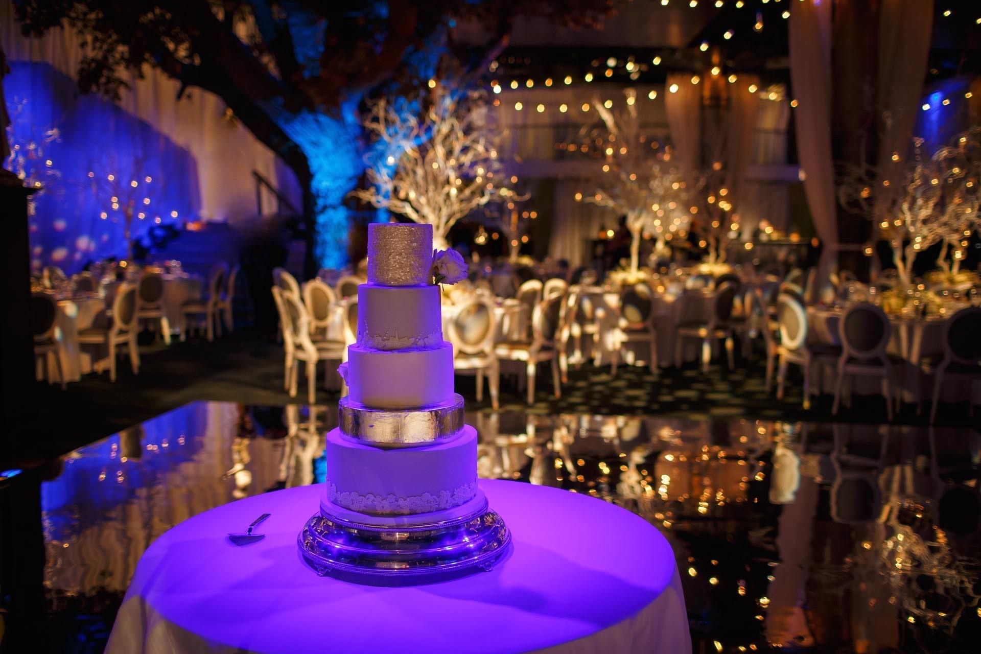 27 | Winter Wedding | Shakespeare's Theatre | The Underglobe | Lamare London.jpg