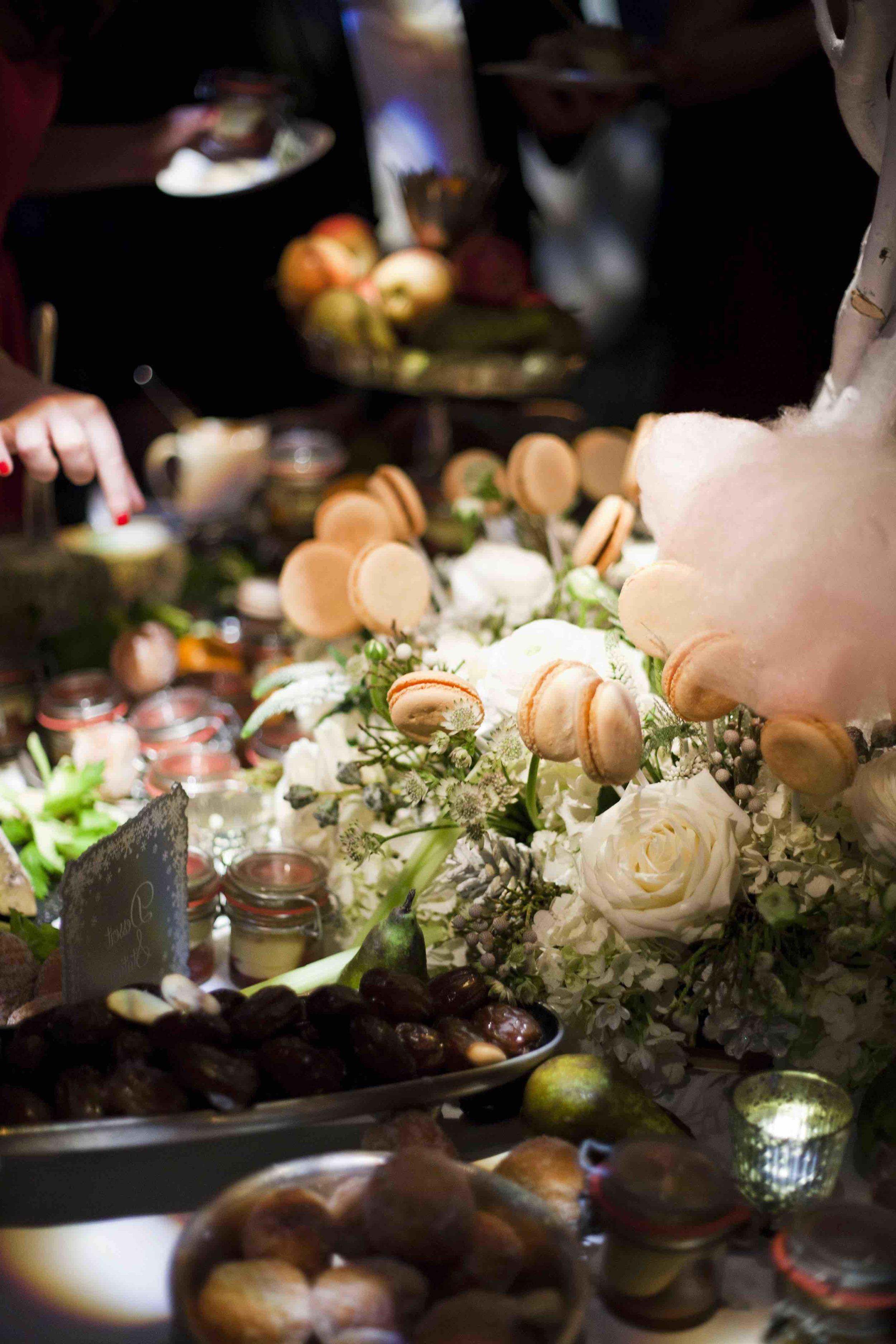 48 | Winter Wedding | Shakespeare's Theatre | The Underglobe | Lamare London.jpg