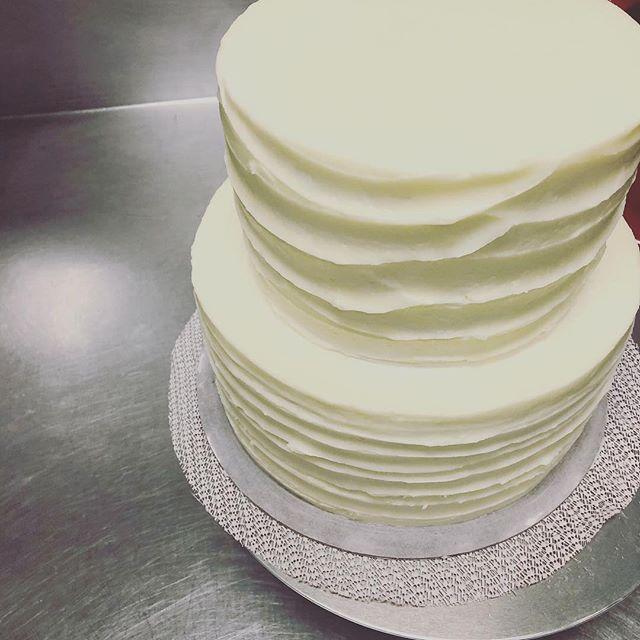 Expanding ....@salmoncreekcafe  #dessert #pie #cake #yum #alloccassions #everyday #burien #washington #seattle #specialorder #salmoncreekcafe #high5pie #besties