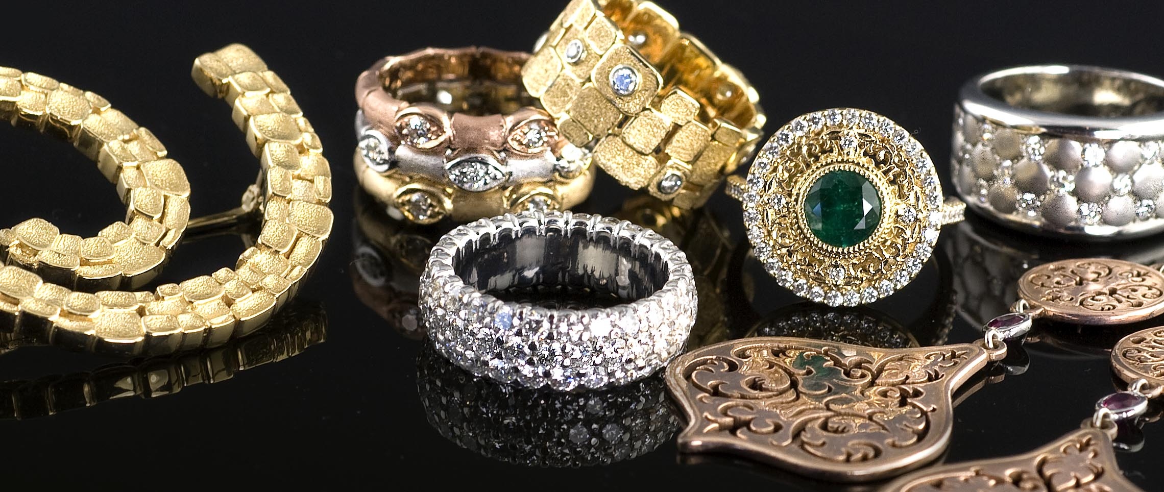 Krombholz Jewelers has established a 70 year reputation for designing and creating jewelry that has been coveted for generations and shipped all over the world. Their staff includes award winning designers, experienced jewelers and sales associaties. They are all waiting to assist you personally