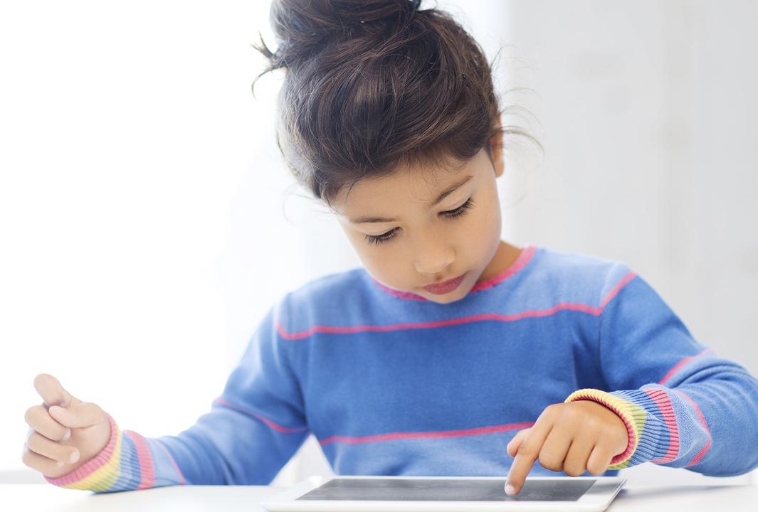 blog-child-tablet.png