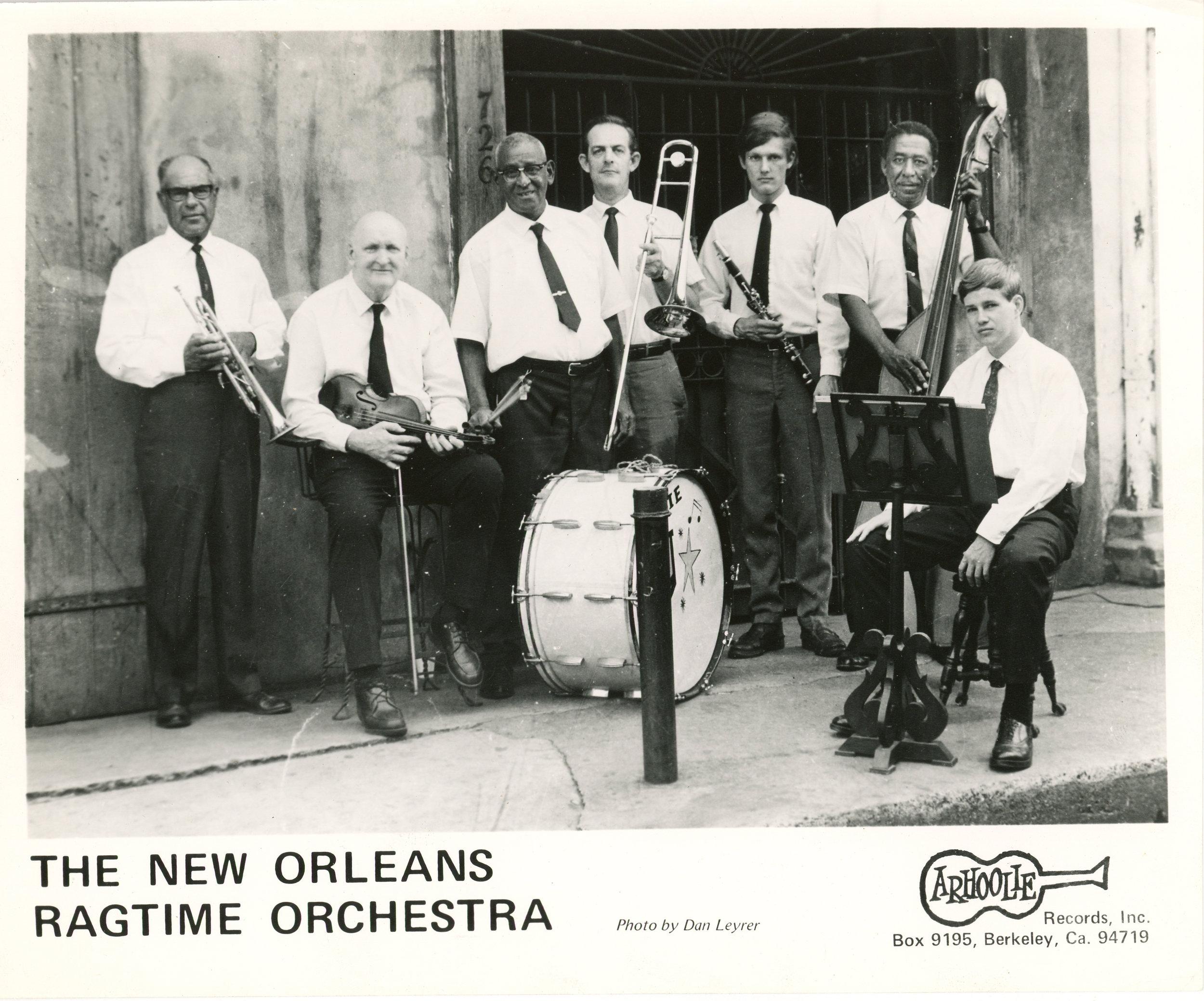 Ragtime Orchestra Press Photo Dan Leyer.jpg