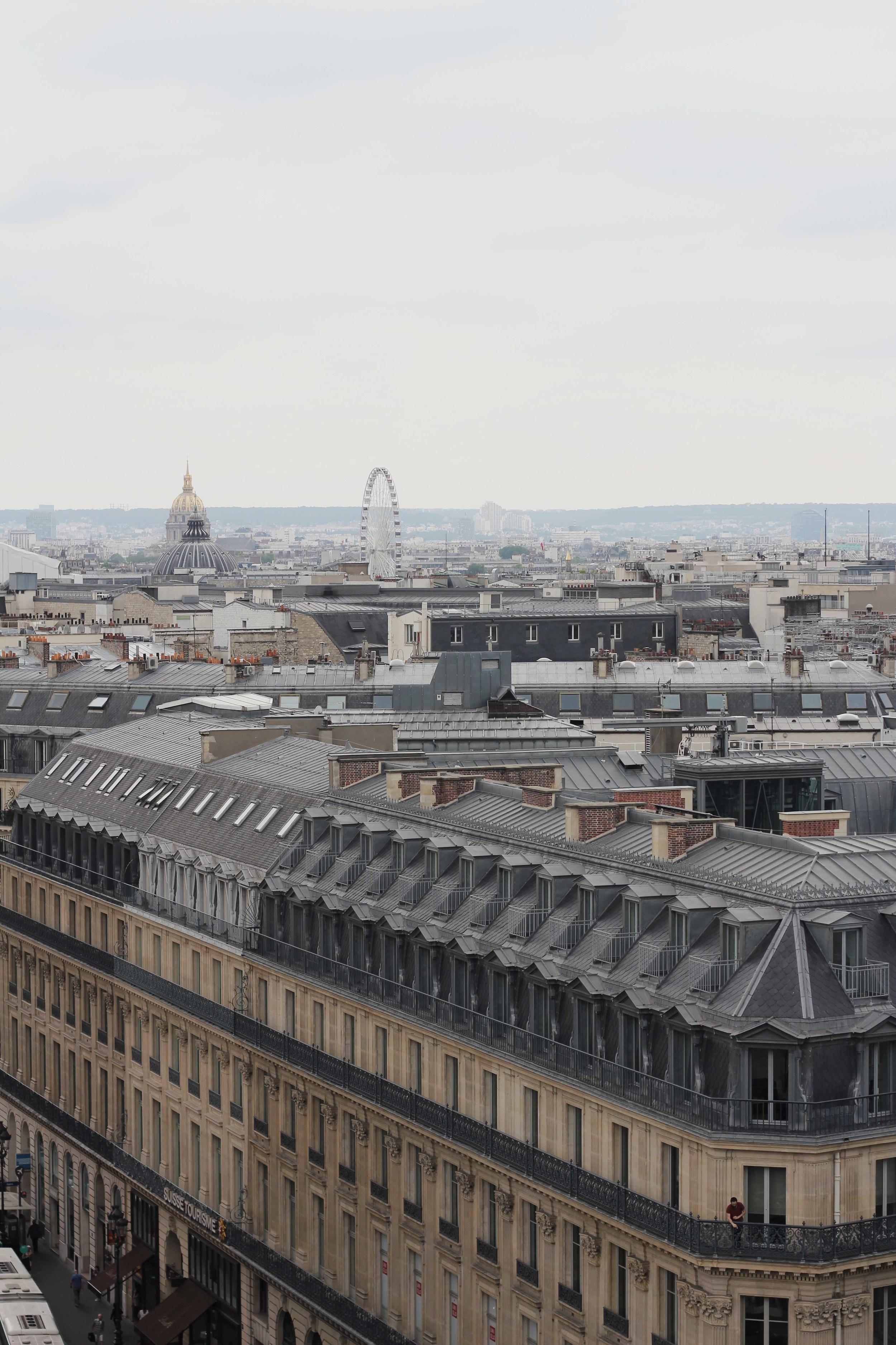 paris_france_rooftop_cafe