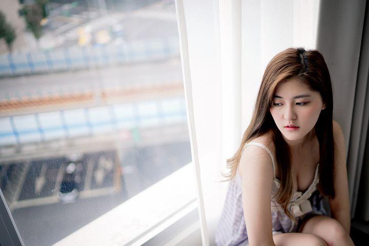 girl-2379440__480.jpg