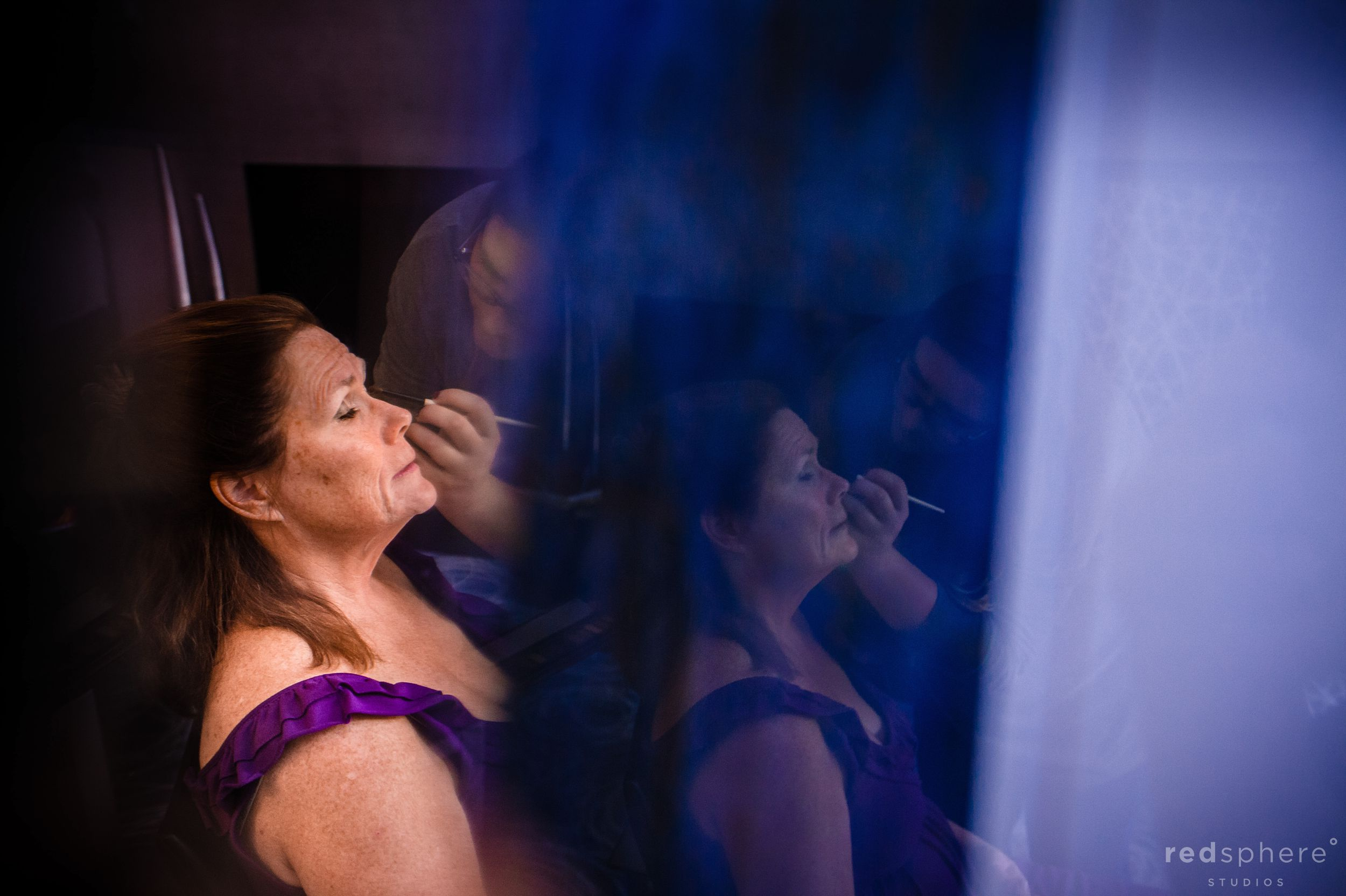 Guests Get Their Makeup Done for City Club San Francisco Wedding