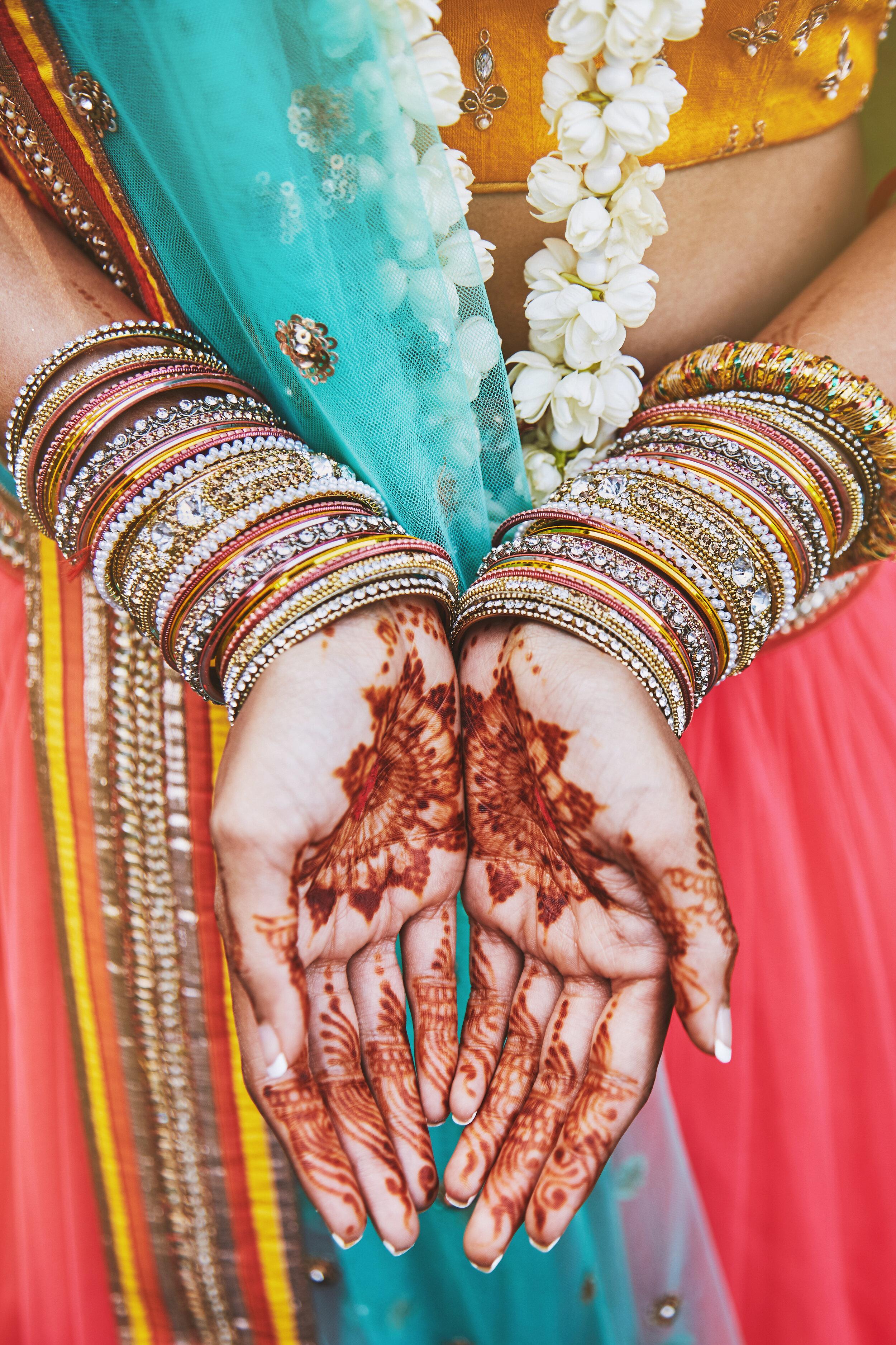 Indian henna bride.jpg
