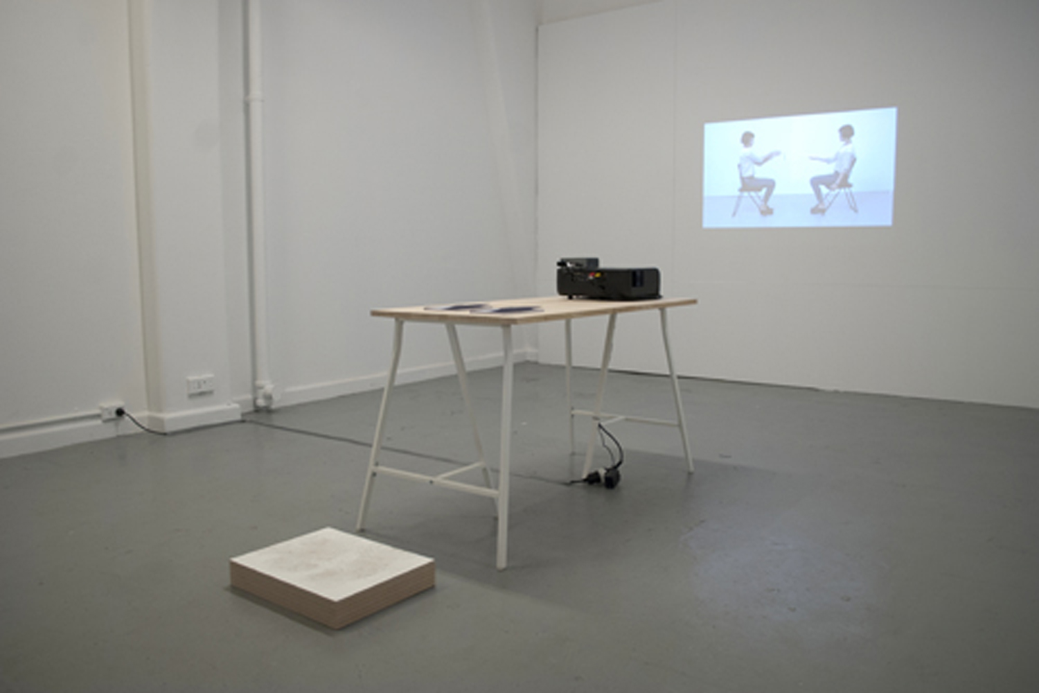 SUMMER STUDIO  Agnes So + Jason Chau  11 – 14 JAN 2012