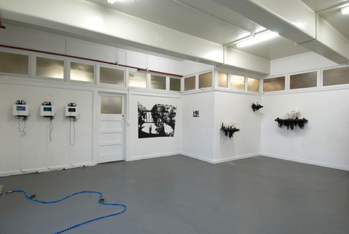 The Big Smoke  (installation view), Noah Grosz,Kathryn McCool,Jacques Soddell,Tara Gilbee +Andrew Goodman and Greg Pritchard.Curated by Julian White | 2008