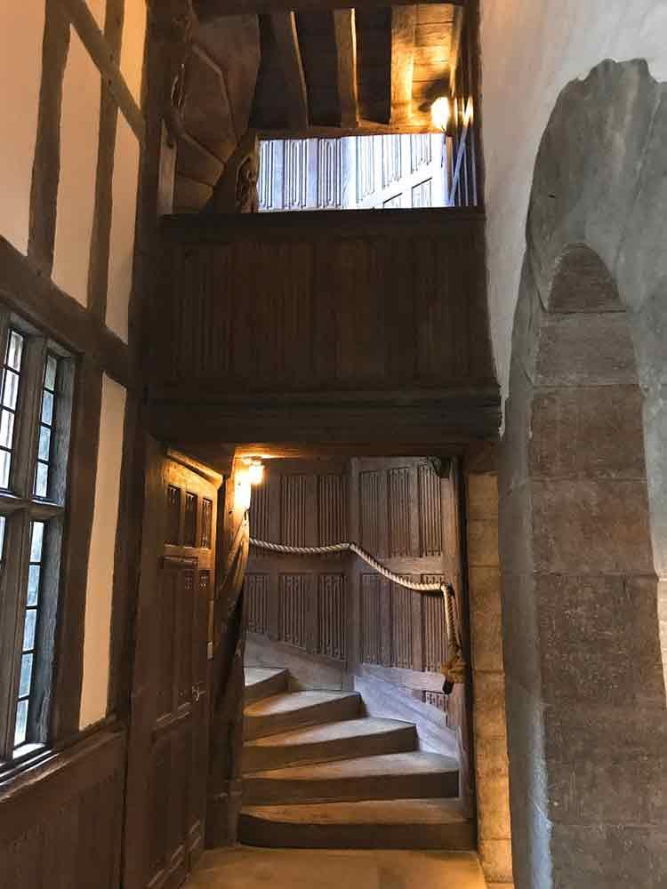 leeds-castle-closet-stairs.jpg