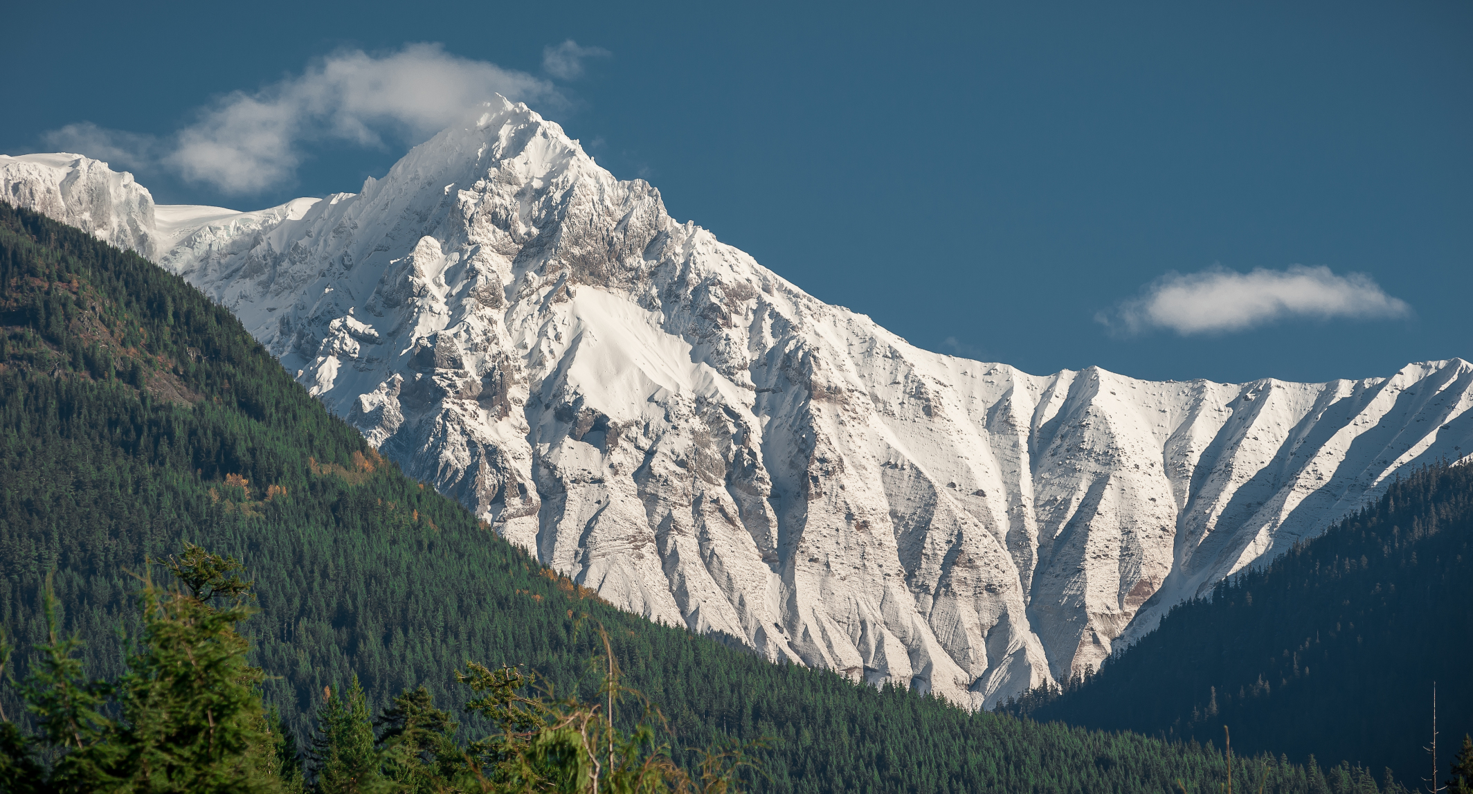 Mount_Garibaldi_S4rubdjP7CVjVKUYW9DscKr18q0ABlZBh_rgb_s.jpg