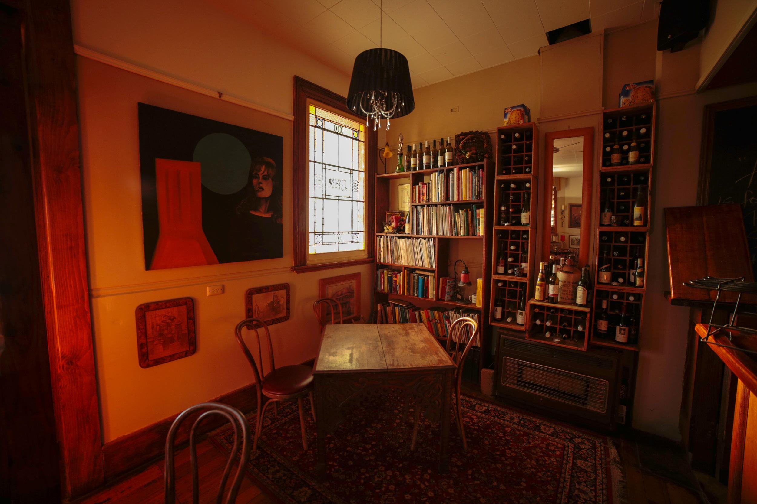 sevens creek hotel # harry's bar.jpg