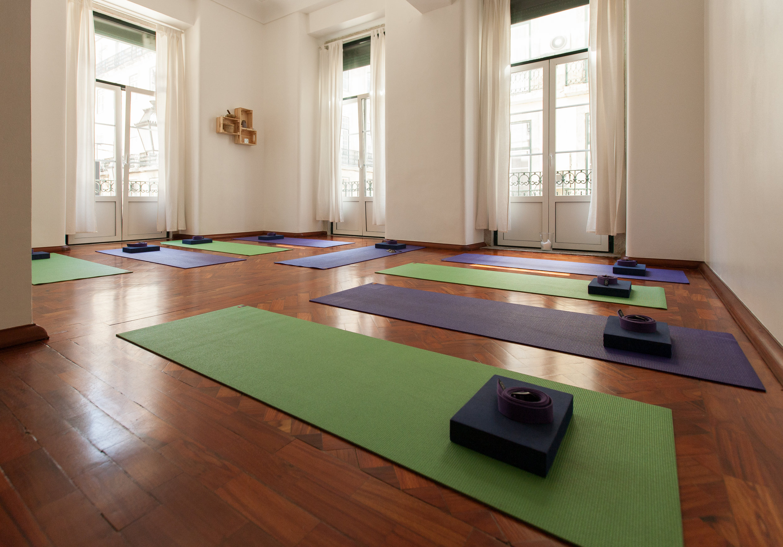 LITTLE YOGA SPACE -