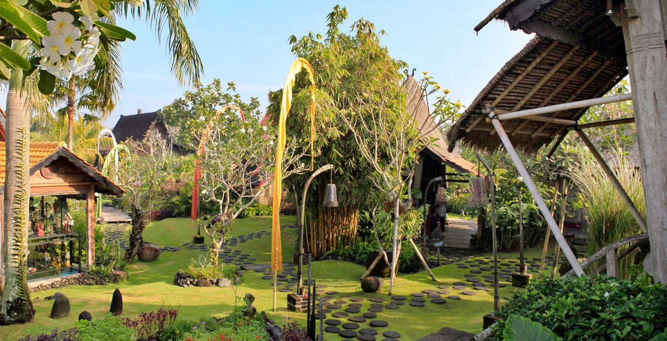 Desa Seni Yoga Resort