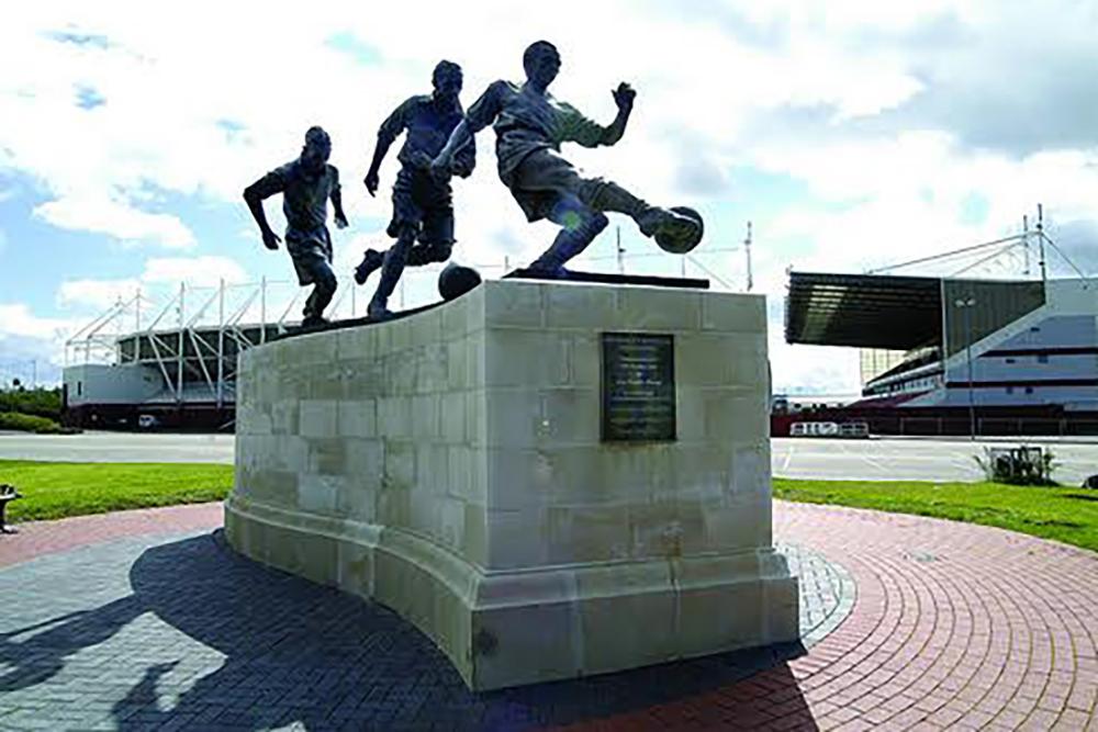 Stanley Matthews Football.jpg