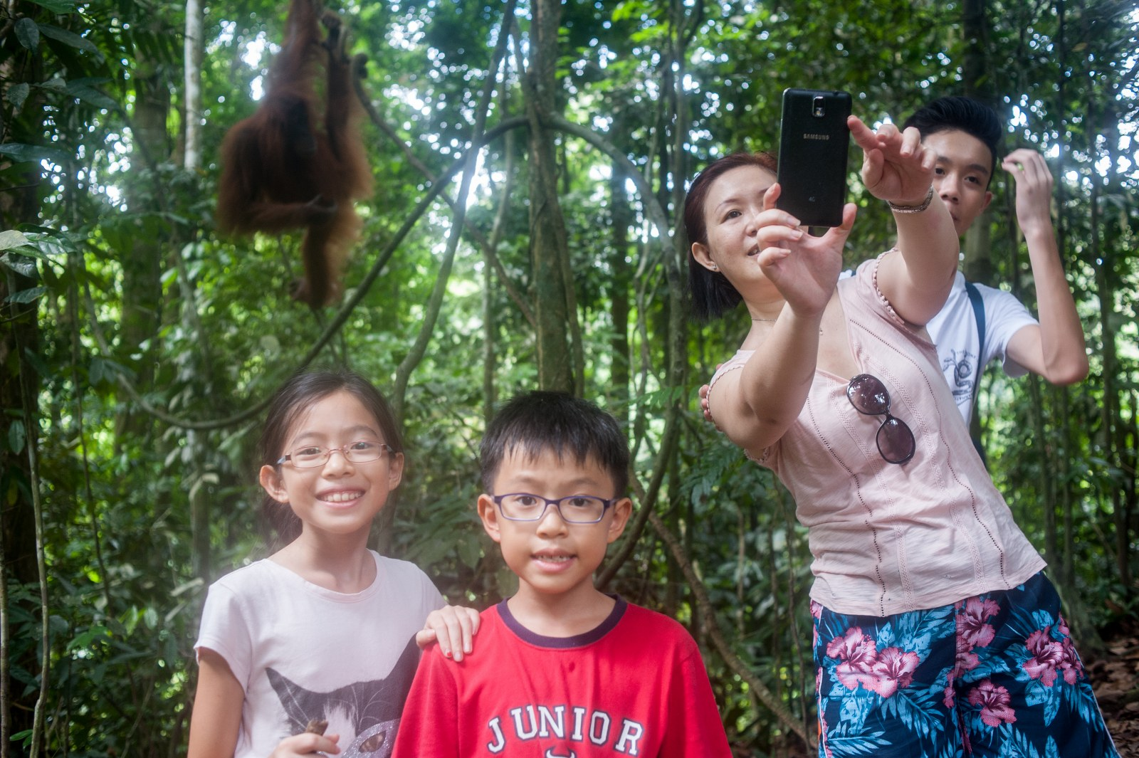 Wefie with the orang utans.