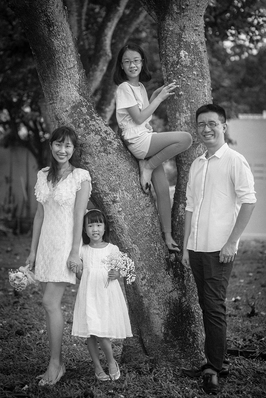 natural-light-family-portrait-06