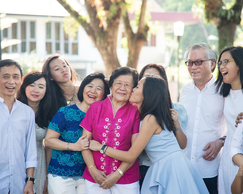 big-singapore-family-02