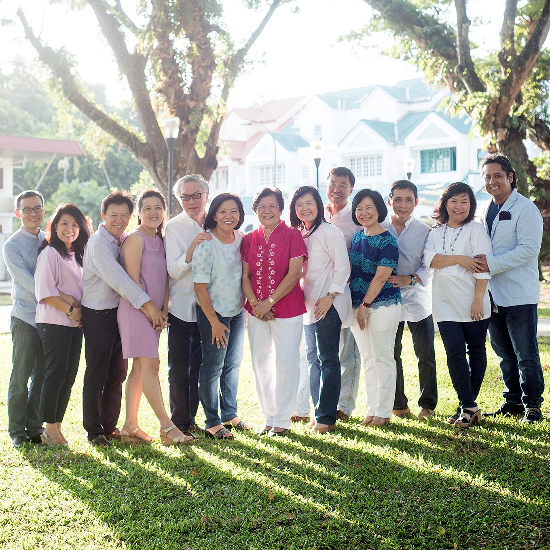 big-singapore-family-05