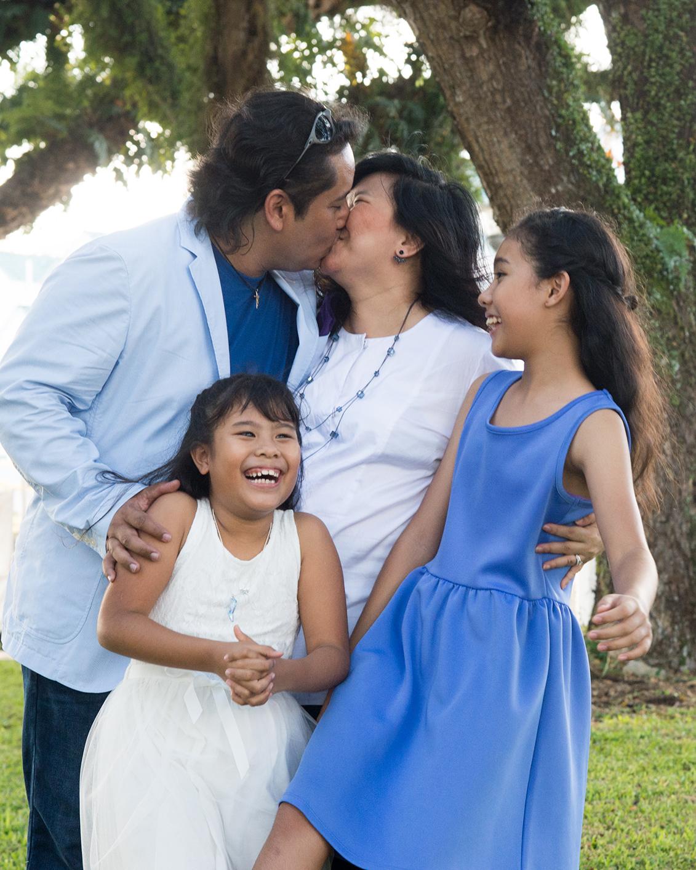 big-singapore-family-14