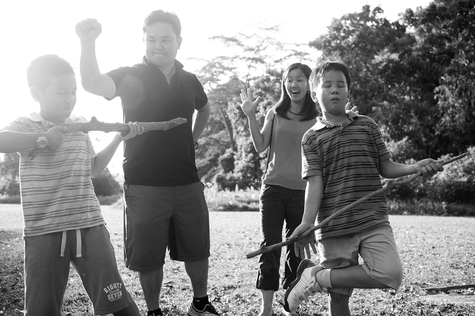 big-family-outdoor-shoot-15