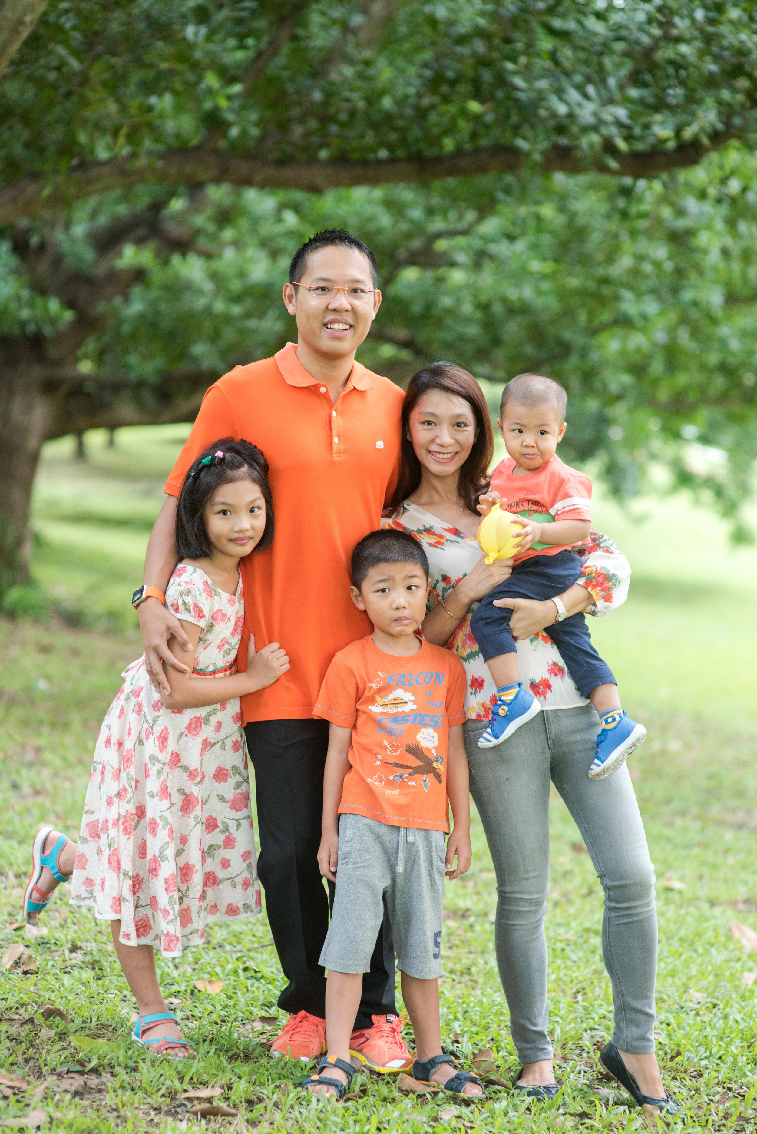ang-mo-kio-park-family-01