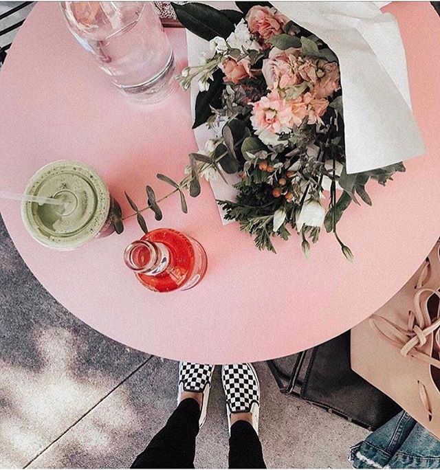Sunday Reminder: design the LIFE (not career) you love today ☀️ 📷 credit: @arianna_lauren #mysocialcanvas #designthelifeyoulove #sunday #weekend