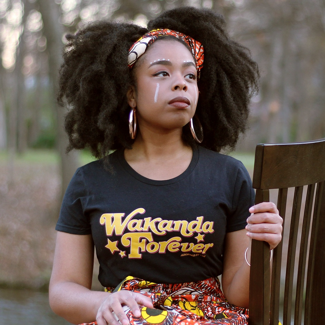 Adorned By Chi  is your go to for all your black girl mafic and nerd gear. They have everything from comics, to clothing to home goods. Started by two young black women, this online store is filled with fun stuff for the black nerd in your life.
