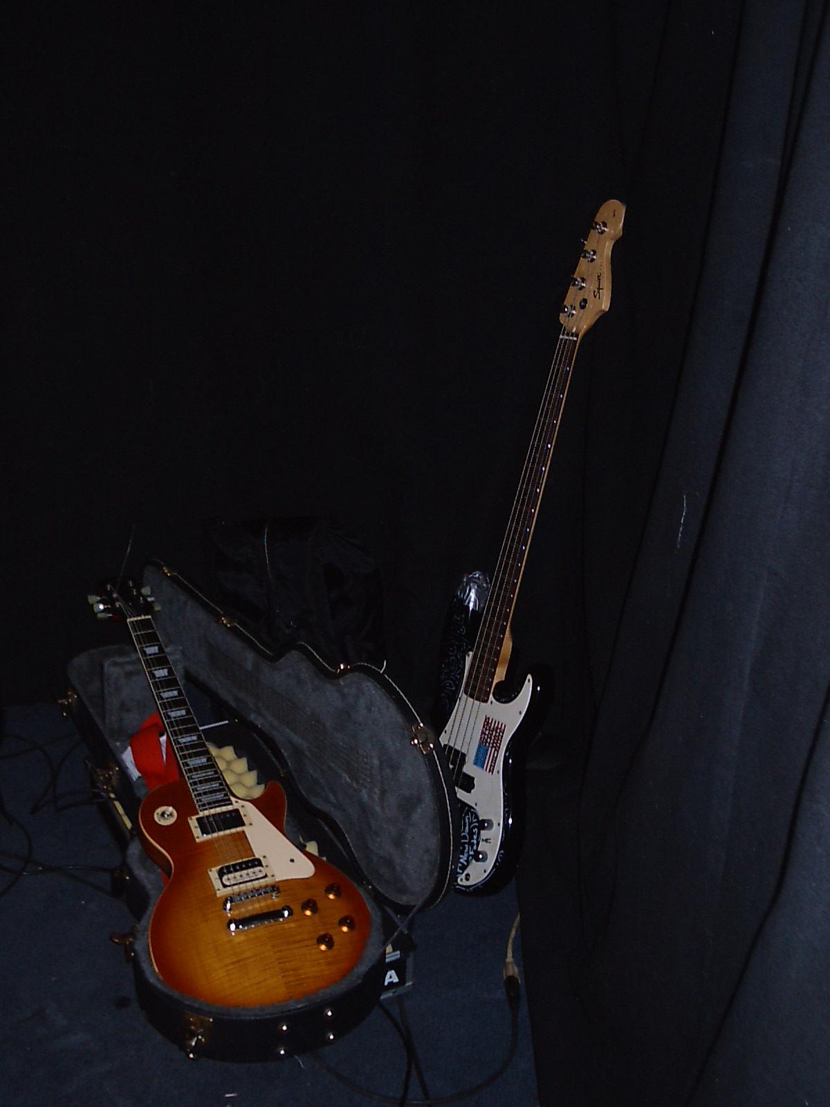 BLACK CAT - Guitars.jpg