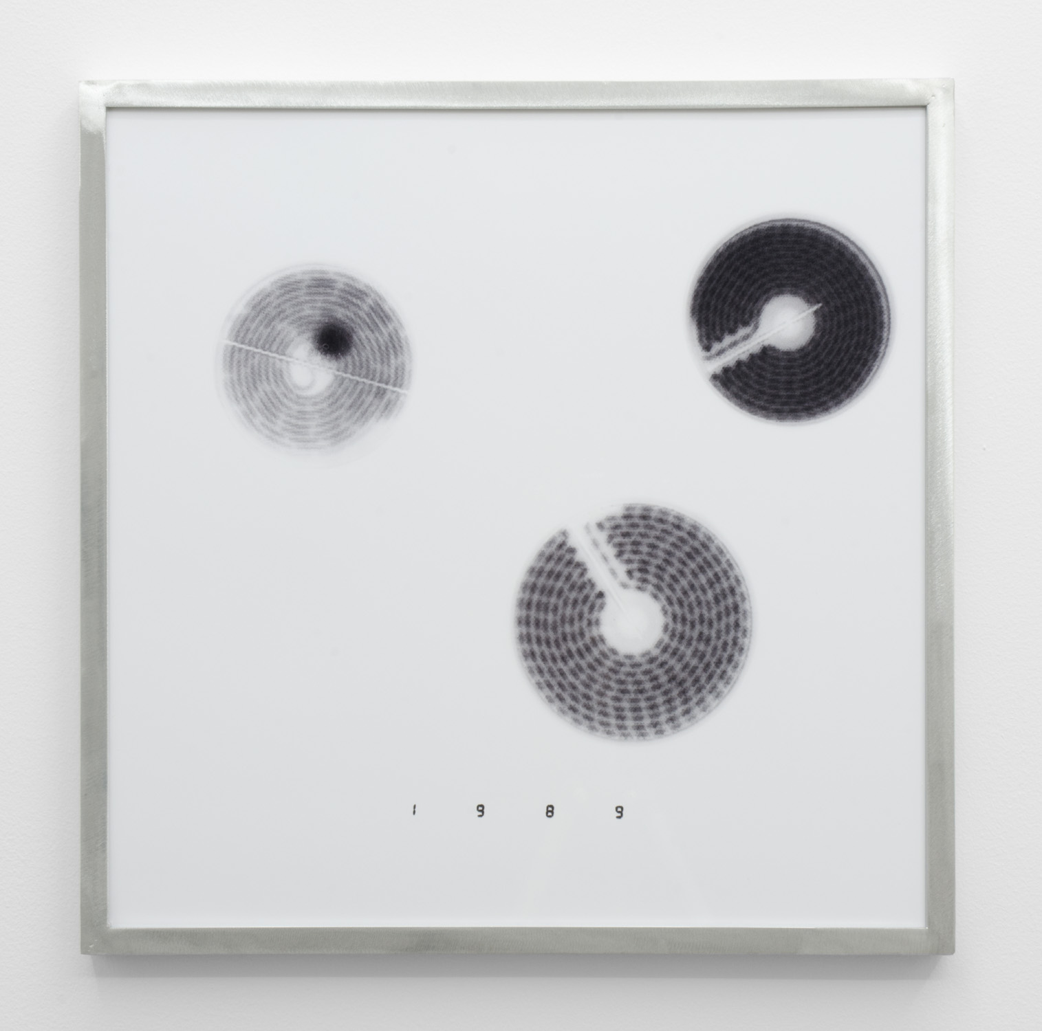 IR-5 , 2014, giclee print on hahnemuhle photorag, custom aluminium frame 40 x 40 cm.