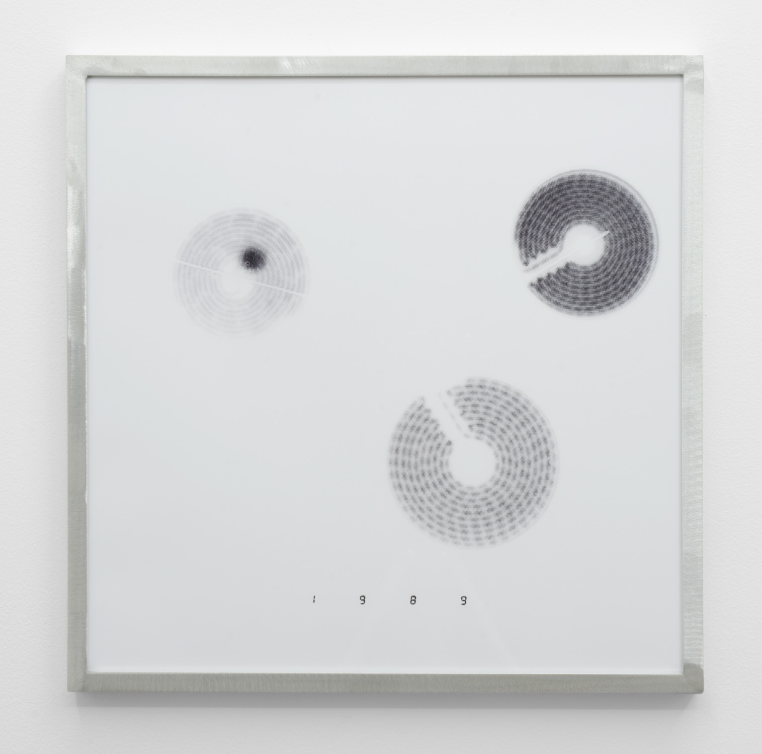 IR-3 , 2014, giclee print on hahnemuhle photorag, custom aluminium frame 40 x 40 cm.