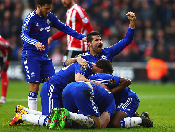 SOUTHAMPTON, ENGLAND - FEBRUARY 27: Chelsea players celebrate their second goal by Branislav Ivanovic (obsucred) during the Barclays Premier League match between Southampton and Chelsea at St Mary's Stadium on February 27, 2016, in Southampton, England. (Photo by Clive Rose/Getty Images)