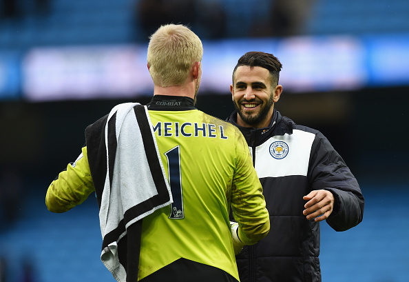 MANCHESTER, ENGLAND - FEBRUARY 06:  Riyad Mahrez (R) and Kasper Schmeichel (L) of Leicester City celebrate their team's win in the Barclays Premier League match between Manchester City and Leicester City at the Etihad Stadium on February 6, 2016 in Manchester, England.  (Photo by Michael Regan/Getty Images)