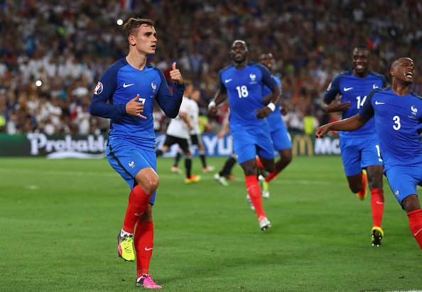 """Griezmann's newly redesigned """"Call me maybe"""" celebration after scoring the second goal.  (Photo by Lars Baron/Getty Images)"""