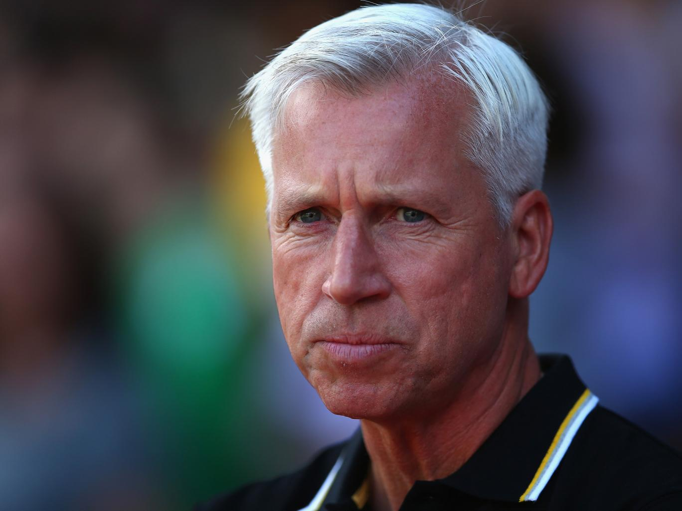 Palace manager Alan Pardew has had a rough start to the 2016 season - on and off the pitch. (Photo via Getty Images)