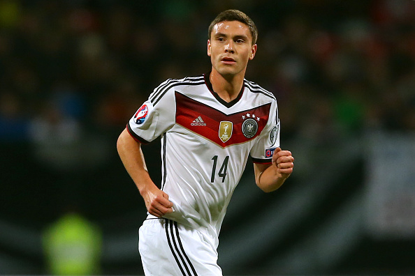 Jonas Hector looks set to stay at Köln as the Reds continue to resist the temptation of the transfer market. (Photo Alexander Hassenstein/Bongarts/Getty Images)