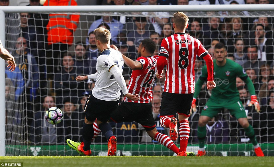 Harry who? Eriksen got Spurs off to a flying start at the Lane on Sunday. (PHOTO CREDIT: Reuters)