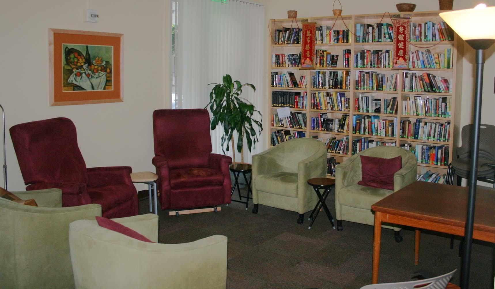 Lounge01_m.jpg