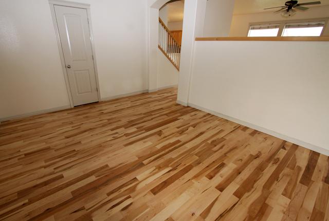 Maple-Hardwood-Flooring-2693b.jpg
