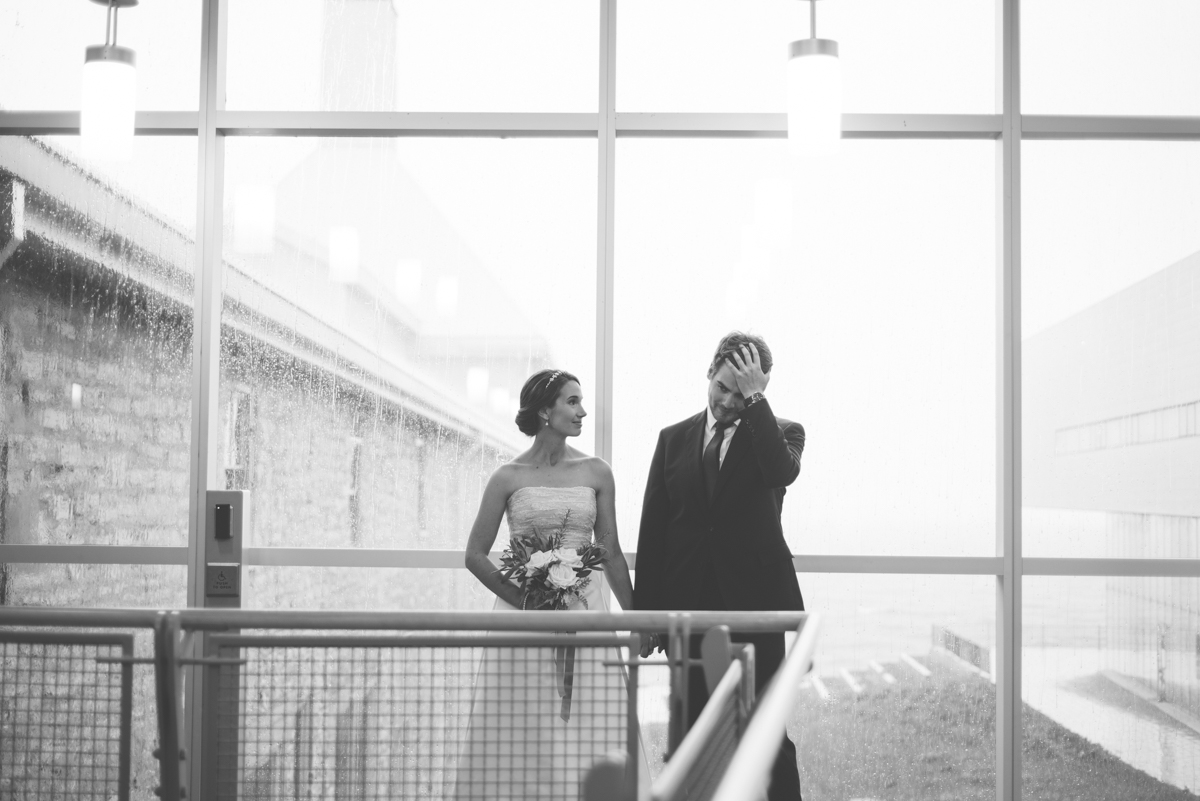 Tett Centre Wedding_Alabaster Jar Photorgaphy (4 of 13).jpg