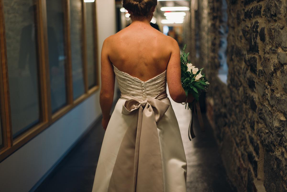 Tett Centre Wedding_Alabaster Jar Photorgaphy (7 of 13).jpg